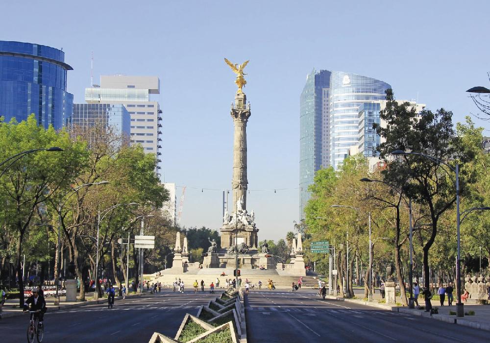 Una de las calles principales de la Ciudad de México.