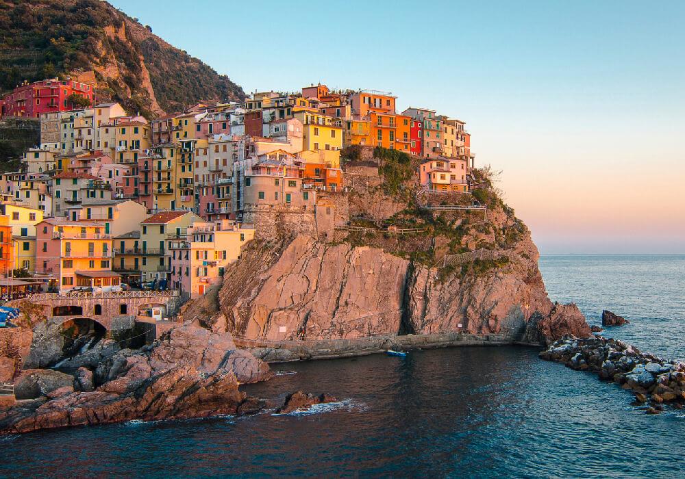 De los pueblos más conocidos de Italia, encontrados en la Riviera Italiana.