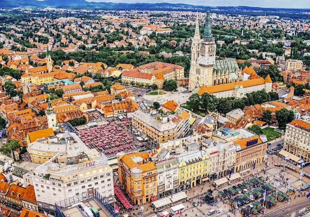 Caracterizada por su arquitectura austrohúngara.