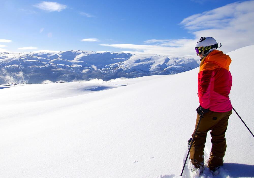 Esta estación de esquí en Voss ofrece gran cantidad de remontes y kilómetros esquiables a poca distancia de Bergen.