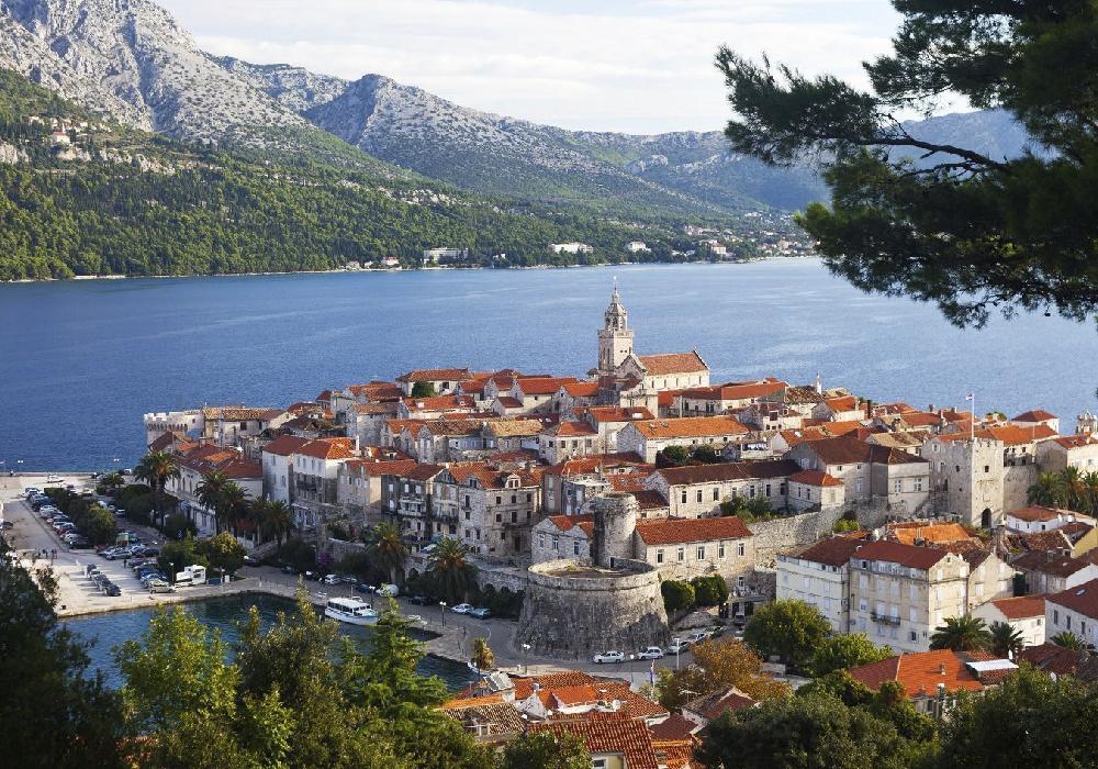 Es una de las Islas más arboladas de Croacia.