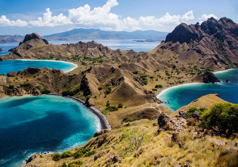 Impresionante paisaje y agua cristalina, este parque se encuentra en la Isla de Sonda.