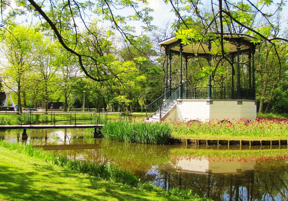 Hermoso parque público de 47 hectáreas.