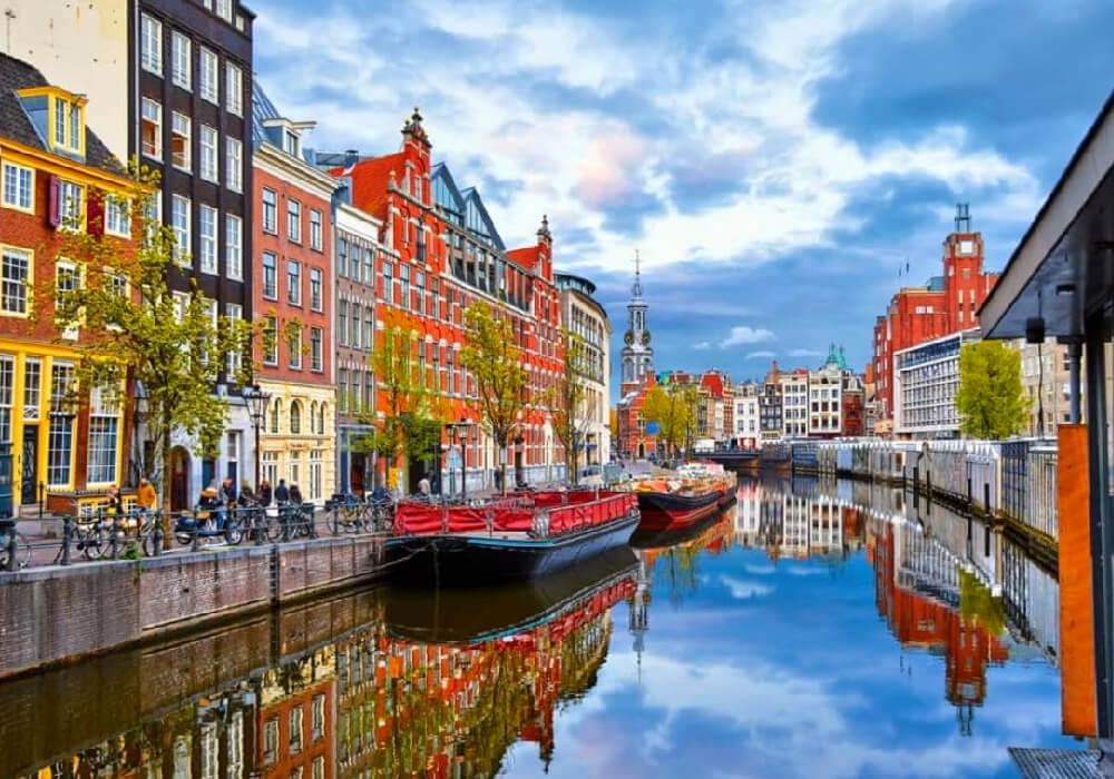 Disfruta de esta ciudad inteligente y hermosa.