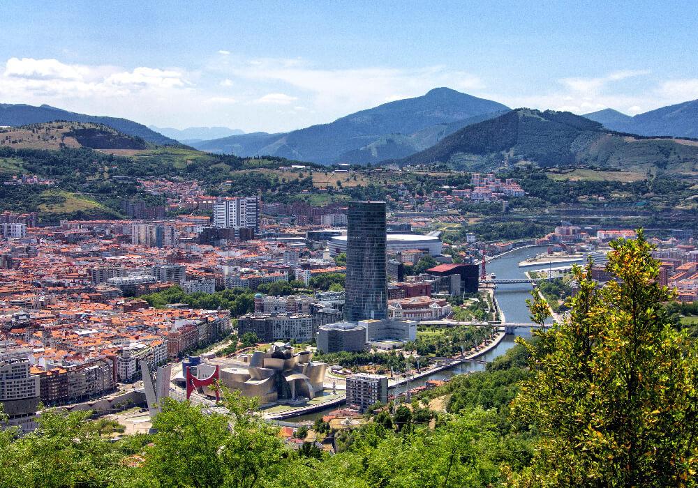 Bilbao una de las ciudades artísticas mas bellas del mundo.