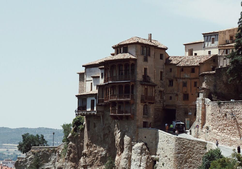 Es un bello y único conjunto de edificios civiles ubicados en Cuenca.