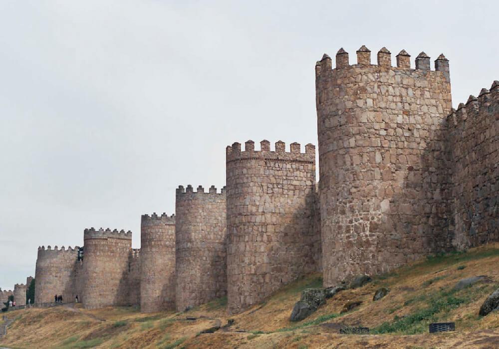 muralla avila patrimonio cultural unesco castilla leon