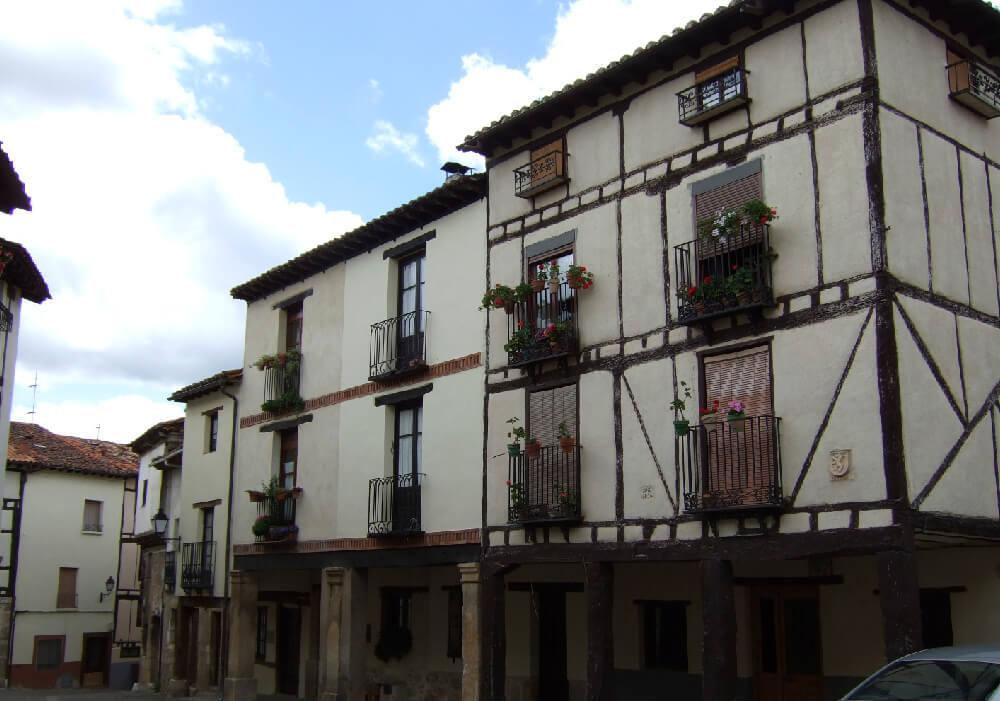 Las casas de estilo tradicional te dejaran boquiabierto ante tal hermosura.
