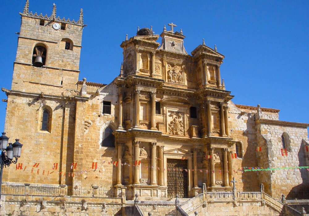 De singular belleza no puedes perder la oportunidad de fotografiar la hermosa catedral.