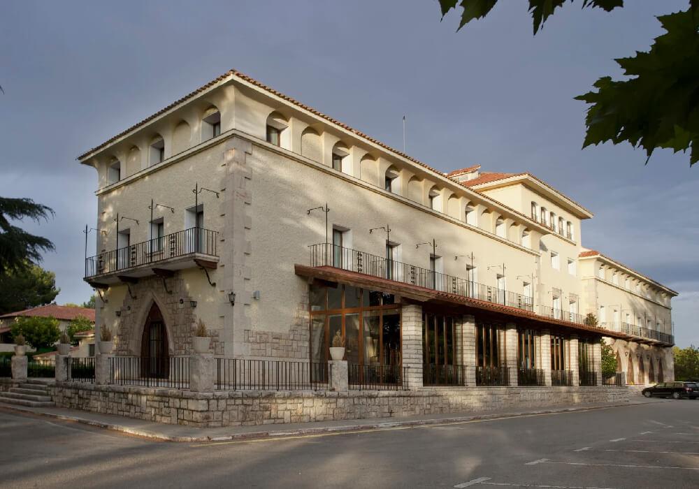 Éste es el más antiguo de los paradores aragoneses.
