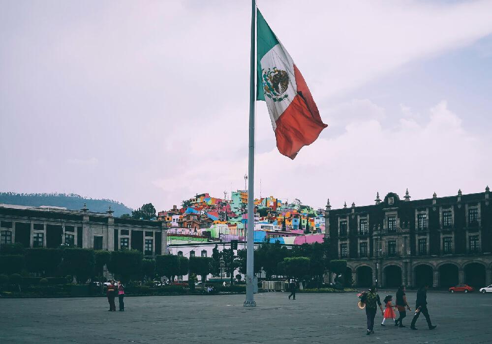 No olvides que las fronteras de México están abiertas a los visitantes españoles y de otras nacinalidades.