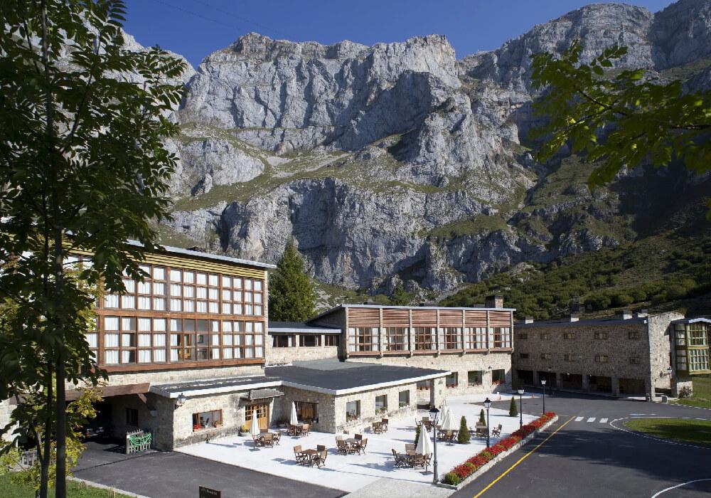 Hotel del parador turístico Fuente Dé, es el mejor lugar para hospedarte en tu visita a este parador nacional.