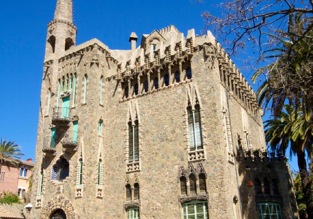 Torre Bellesguard este es uno de los trabajos más bellos de Gaudí, pero de los menos conocidos.