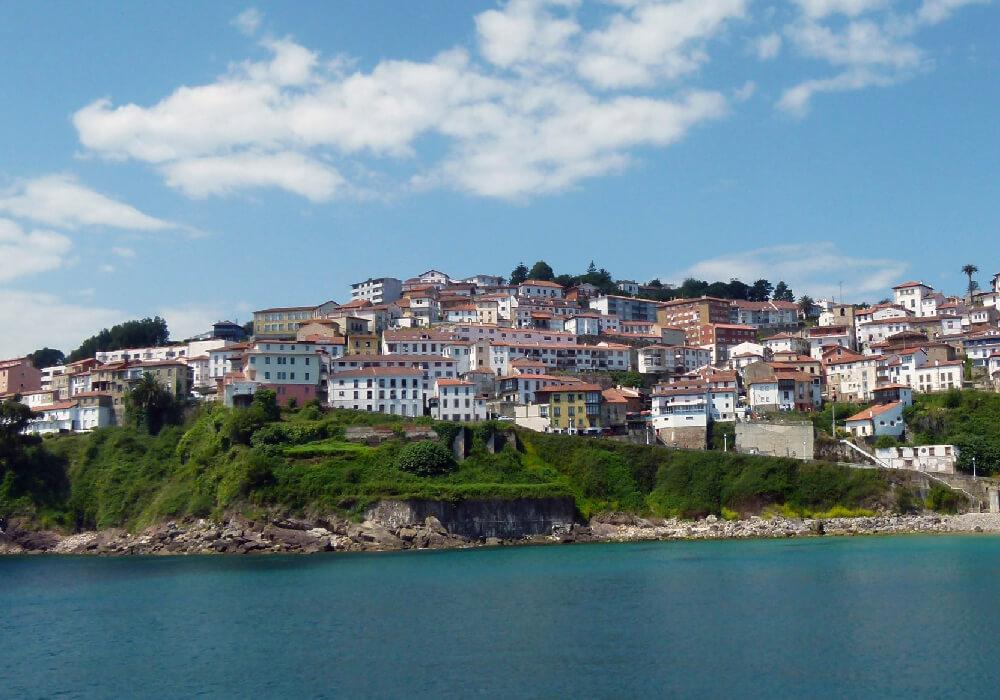 conoce el pueblo asturiano de lastres