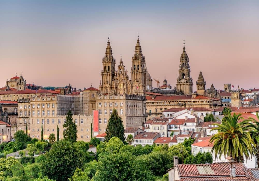 Conoce los mejores lugares de Santiago de Compostela.