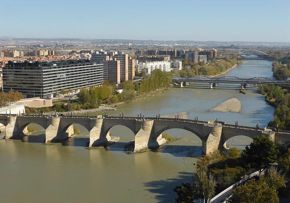 El río Ebro es el segundo más caudaloso de los ríos de España.