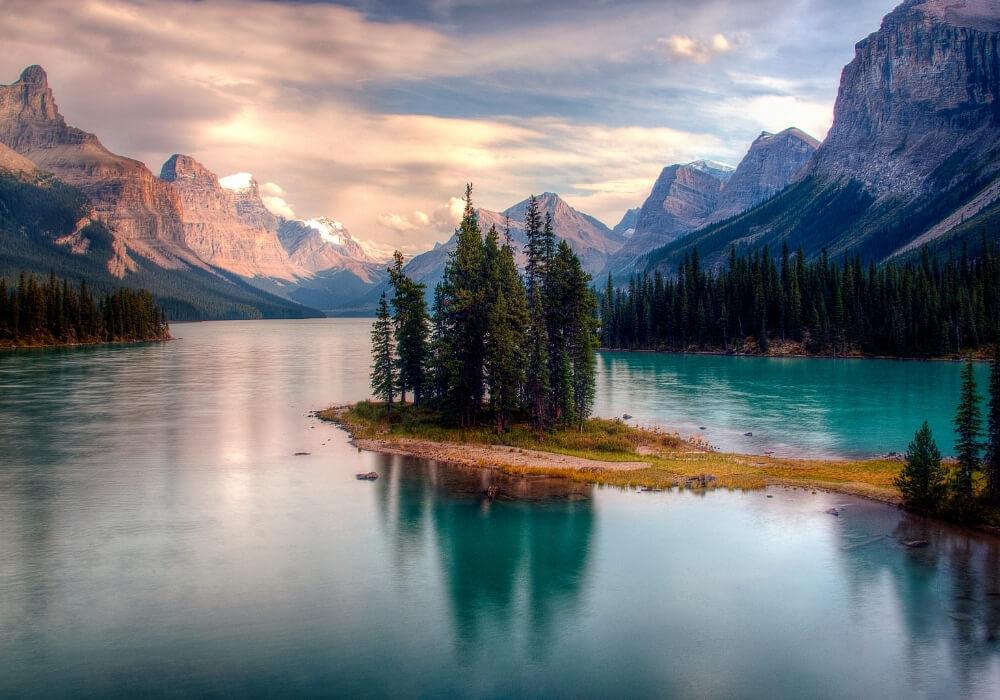 hermosos paisajes del parque jasper en alberta, canadá