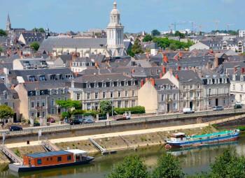 Viajes Francia 2019-2020: Paquete Mont S. Michel y C del Loira con París