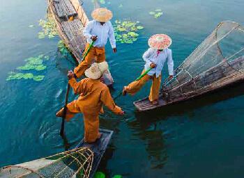 Myanmar, Mayores de 60