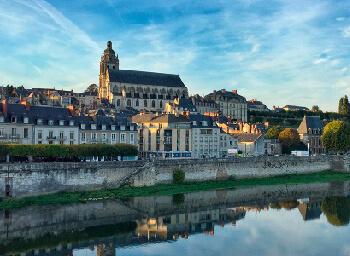 Viajes Francia 2019-2020: Tour Valle del Loira  Puente Inmaculada